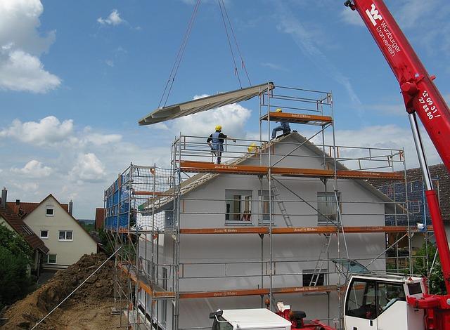 housebuilding-1407499_640
